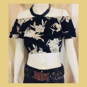 Floral off shoulder hangin' blouse